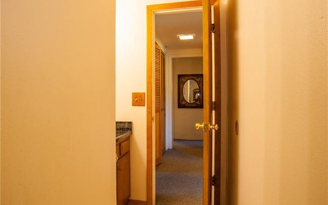 Lake View Condo 403 - photo 12