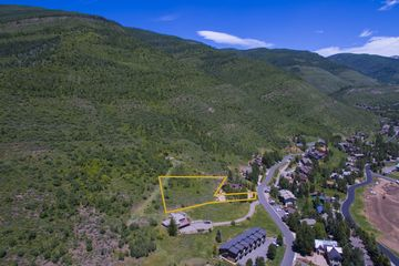 2447 Garmisch Drive Vail, CO 81657