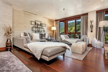 141 Meadow Drive 5B East Vail, CO