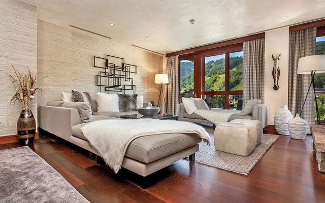 141 Meadow Drive 5B East Vail, CO 81657