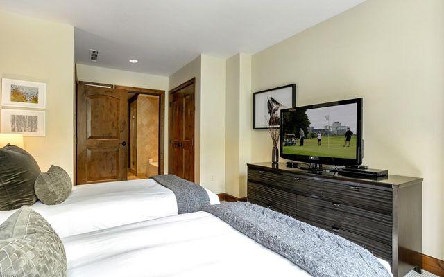 Ritz Carlton Residences R-311 - photo 21