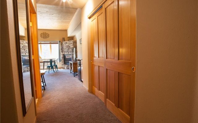 Gateway Condo 5050 - photo 18