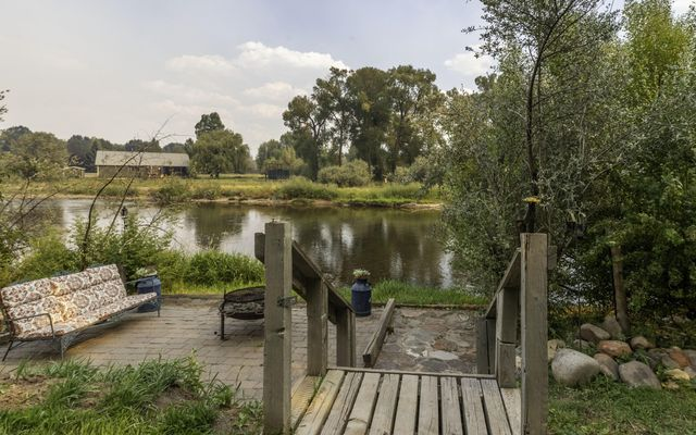 105 Willowstone Place - photo 1