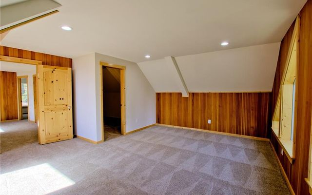 2123 Valley Of The Sun Drive - photo 22