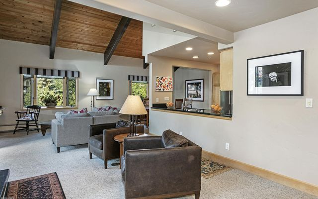 Creekside Cond  - photo 9