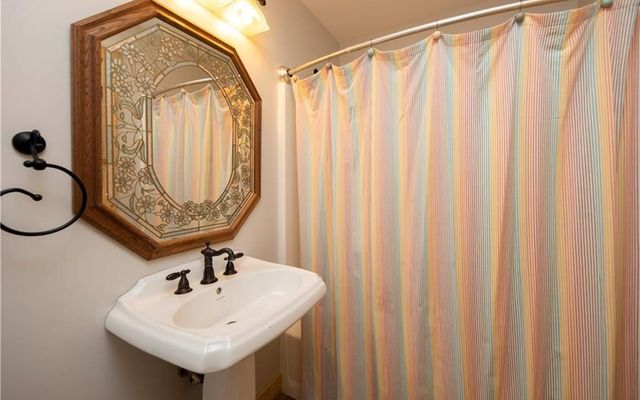 425 Potentilla Road - photo 23