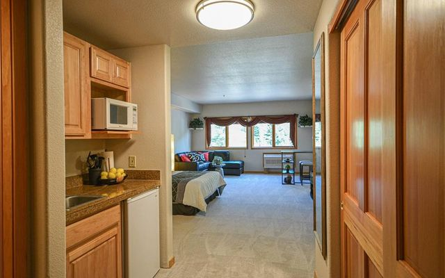 Gateway Condo 5081 - photo 2