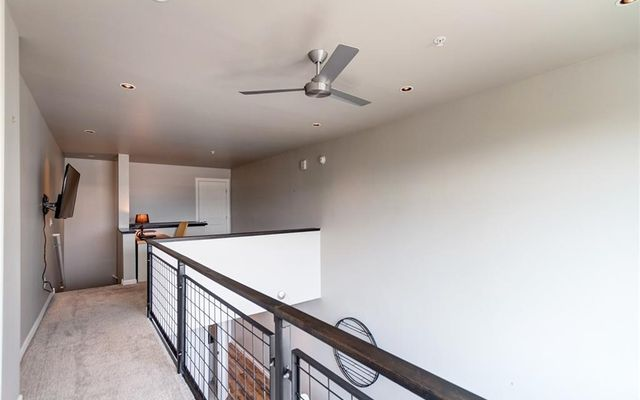 Basecamp Shops & Residences r219 - photo 7