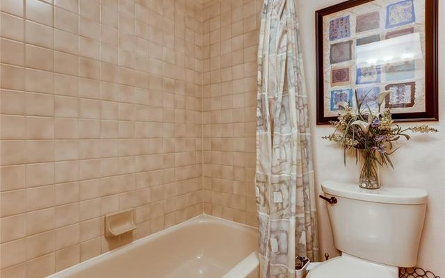 Lake Forest Condominiums 301f - photo 22