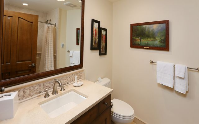 Oxford Court Condo 202 - photo 11
