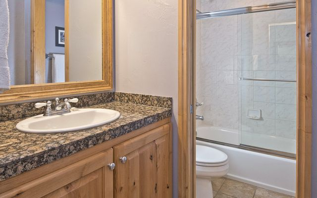 Avon Lake Villas P-2 - photo 14