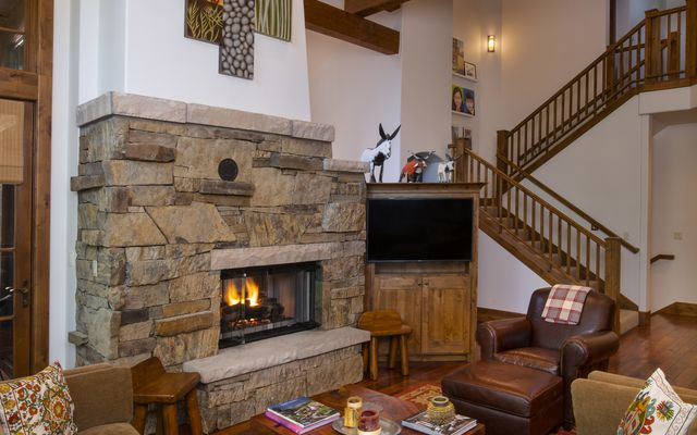 130 Mountain Retreat Court - photo 3