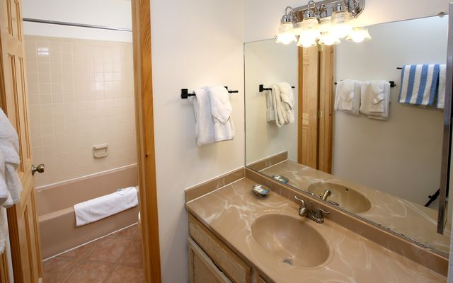 Avon Lake Villas 29 - photo 10
