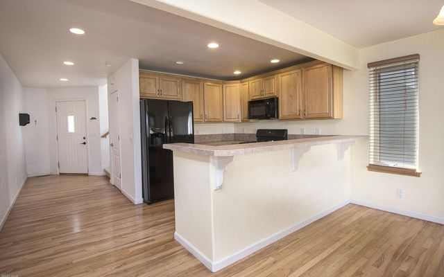 The Bluffs Townhomes o1 - photo 4