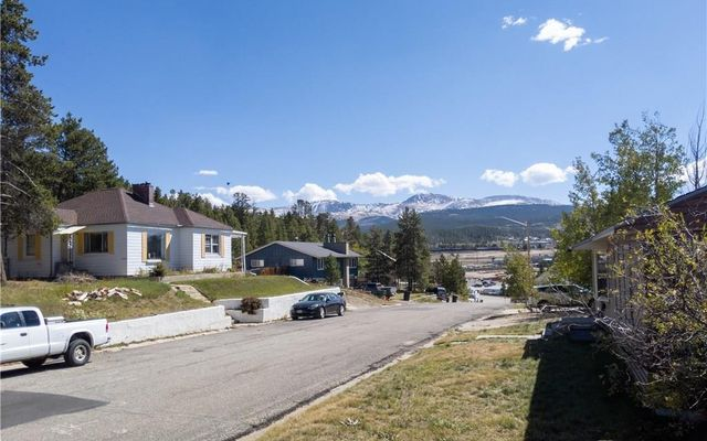 1824 Ridgeview Drive - photo 1