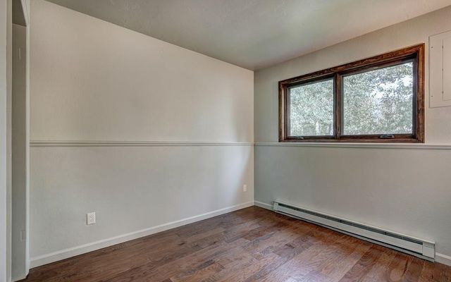 210 E Fox Court - photo 13