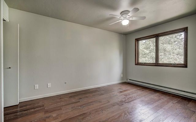 210 E Fox Court - photo 5