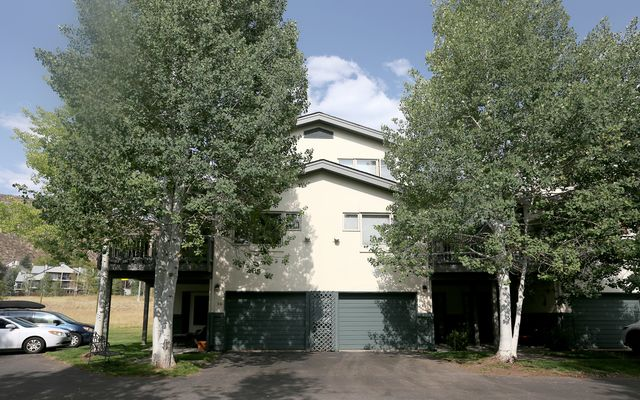 Greenbrier Condos 26 - photo 4