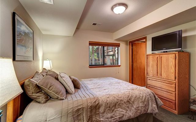 Village Point Townhomes At Breck 205 - photo 23