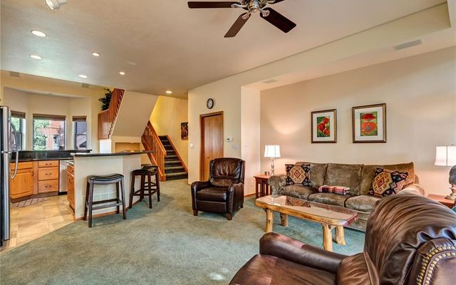 Village Point Townhomes At Breck 205 - photo 7