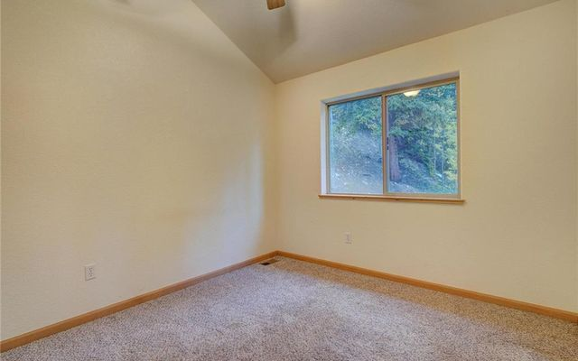 858 Peterson Drive - photo 13