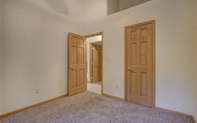 858 Peterson Drive - photo 14