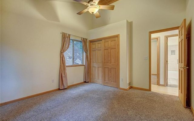 858 Peterson Drive - photo 16