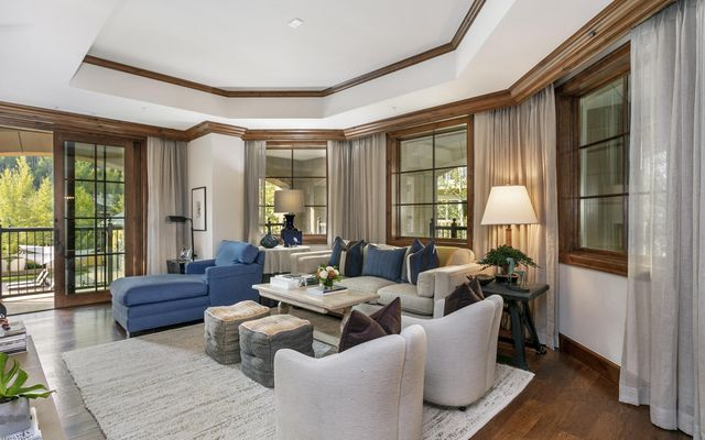 Ritz Carlton Residences R-215 - photo 7