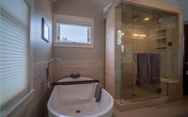 Wendell Square Condominium r4 - photo 16