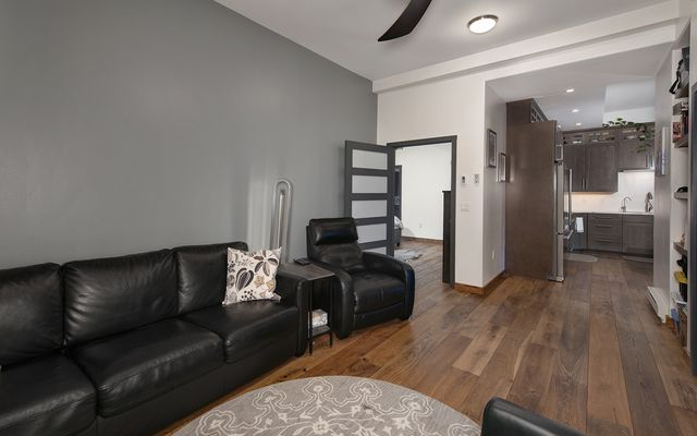 Streamside Condo M - photo 14