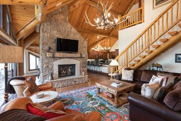 62 Highlands Lane R-406 Beaver Creek, CO
