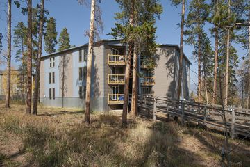 2100 Lodge Pole Circle #102 SILVERTHORNE, CO