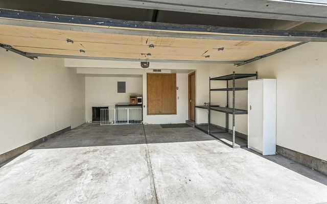 Snowberry Townhome 2 - photo 23