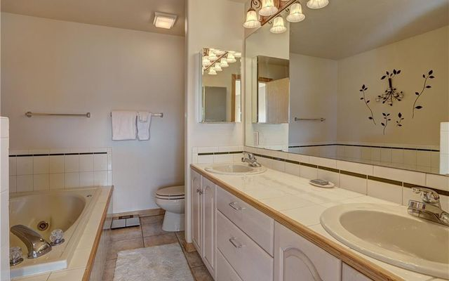 Peaks View Townhomes C - photo 25