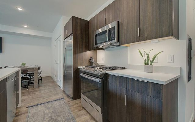 River West Condos 626 - photo 2