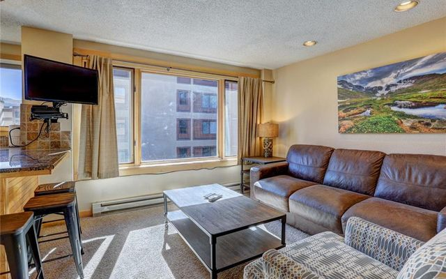 Liftside Condo 322 - photo 1