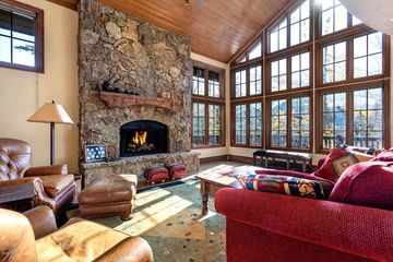 1120 Village Road #7 Beaver Creek, CO