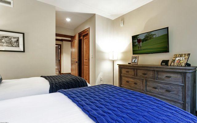 Ritz Carlton Residences R-516 - photo 20