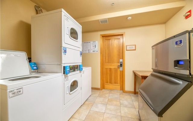 Gateway Condo 5084 - photo 17