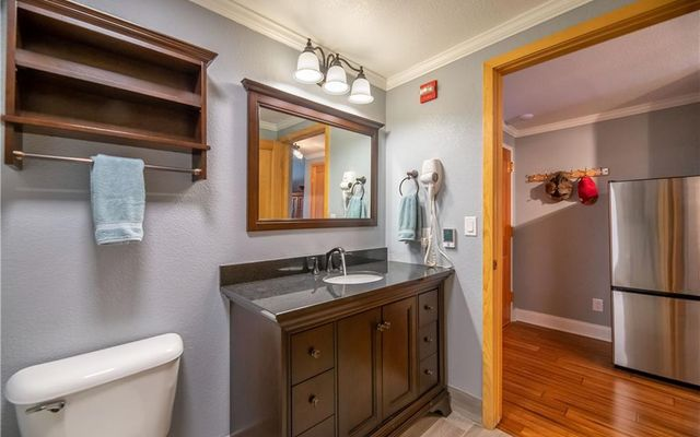 Gateway Condo 5084 - photo 2