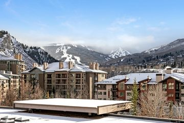 137 Benchmark Road #310 Avon, CO