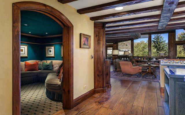 The Lodge Apt Condo 411 - photo 10
