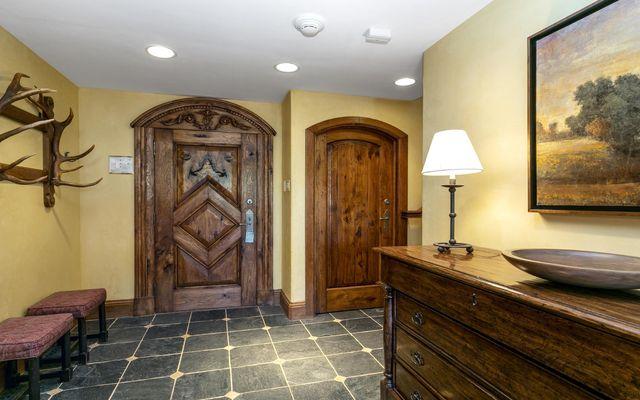 The Lodge Apt Condo 411 - photo 15