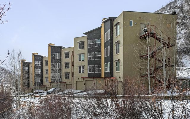 Metcalf Lofts 2 i25 - photo 14