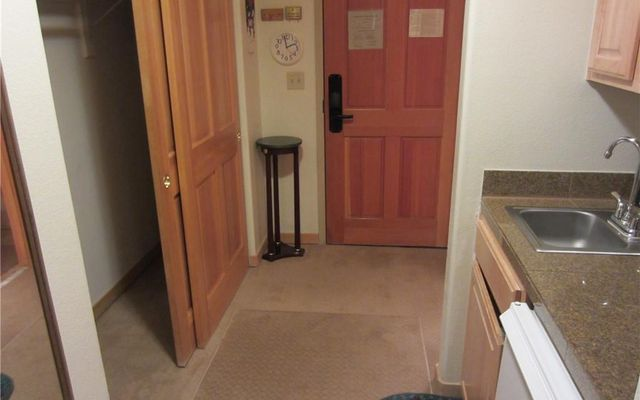 Gateway Condo 5003 - photo 17