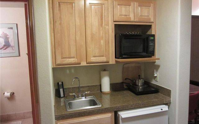 Gateway Condo 5003 - photo 2