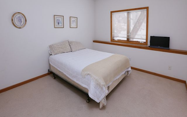 5755 Wildridge Road - photo 9