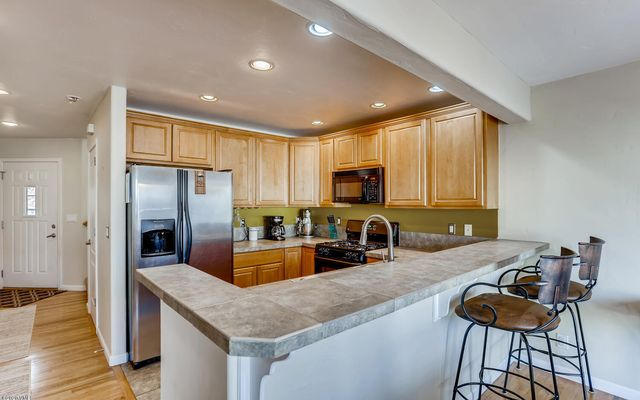 The Bluffs Townhomes #o2 - photo 5