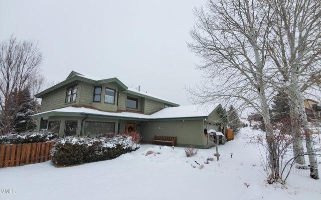 611 Mesa Drive - photo 1