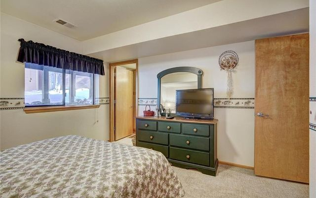 Village Point Townhomes At Breck 110 - photo 24